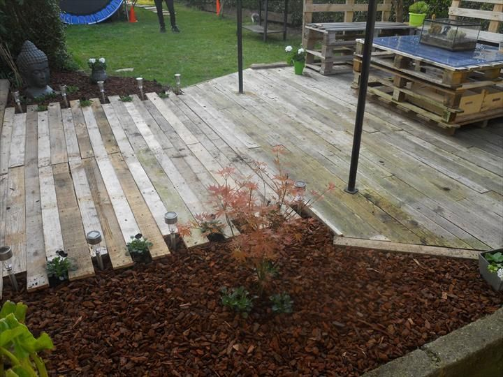 Diy wooden pallet walkwayg 720540 education pinterest diy wooden pallet walkwayg 720540 education pinterest pallet patio furniture pallet patio and pallets solutioingenieria Image collections
