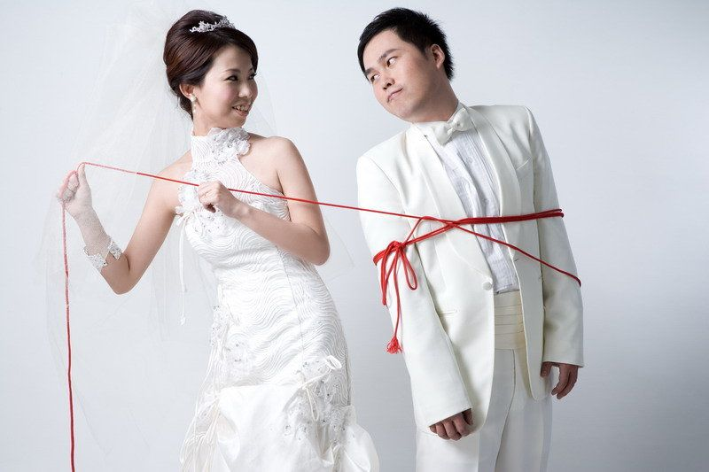 LIKE THE IDEA..NOT SO MUCH OF THE PIC LOL ----------千里姻緣一線牽 | White dress, Fashion, Dresses