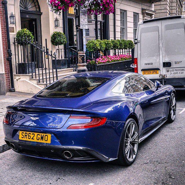 Aston Martin Vanquish, Classic