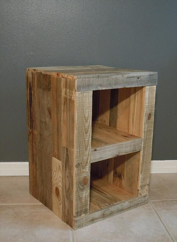 Diy pallet nightstand and bed pallet furniture plans for Nightstand plans