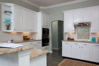 Residential Traditional Kitchen Jacksonville By Lauren Leonard Interiors Kitchen Interior Kitchen Remodel Traditional Kitchen
