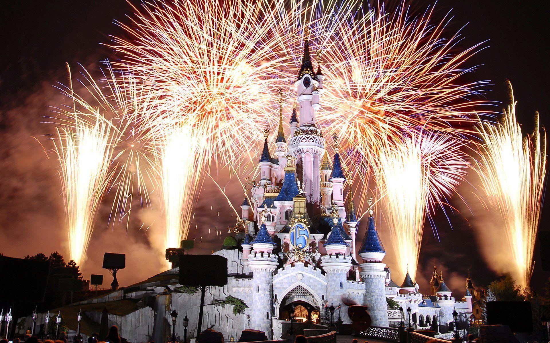Night Castle Disneyland Fireworks Paris France Castle France Paris Disneyland Cinderella Castle Hd Wallpaper Disneyland Fireworks Disneyland Paris Disney Paris