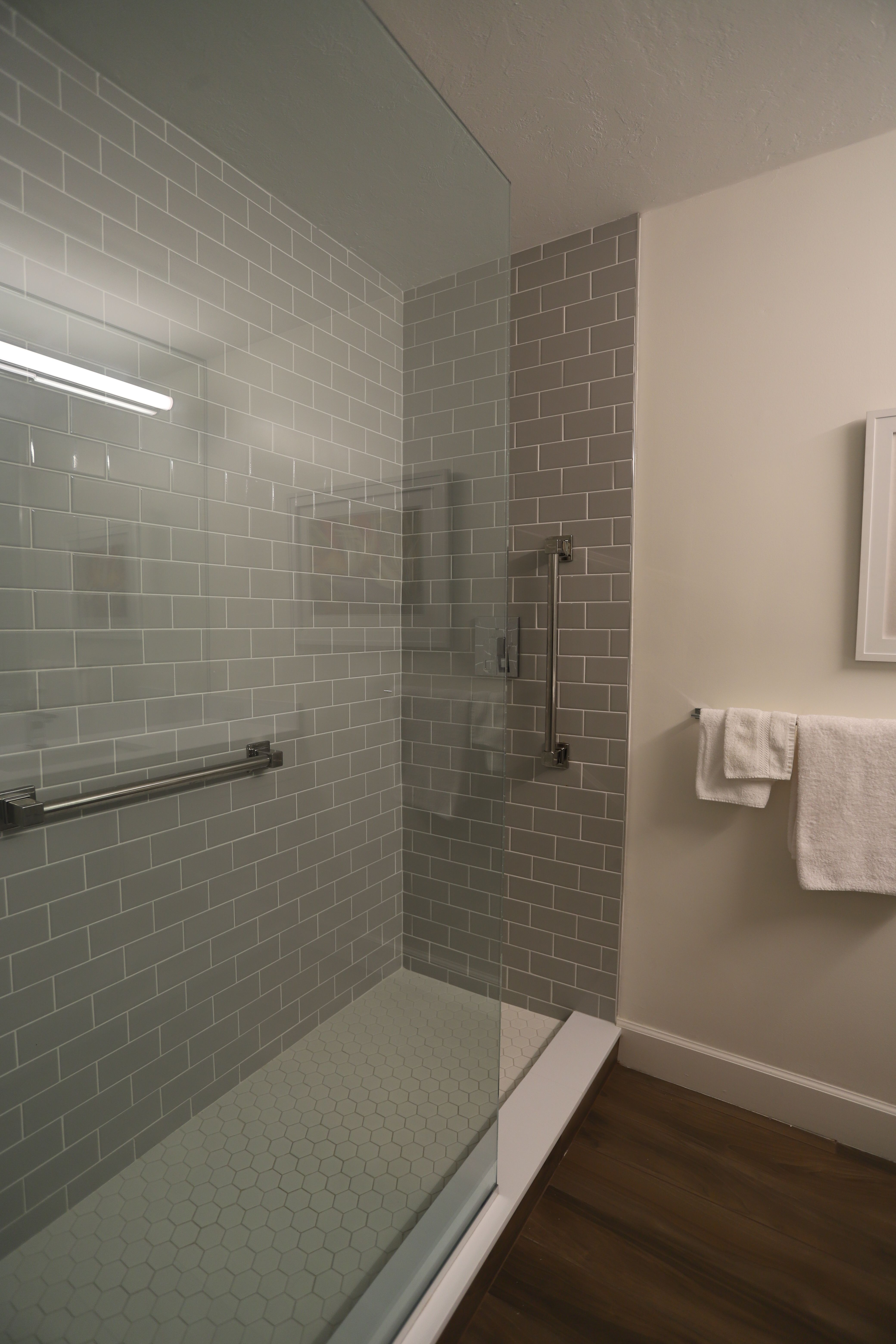 We're a remodeling company servicing Naples, Florida and ...