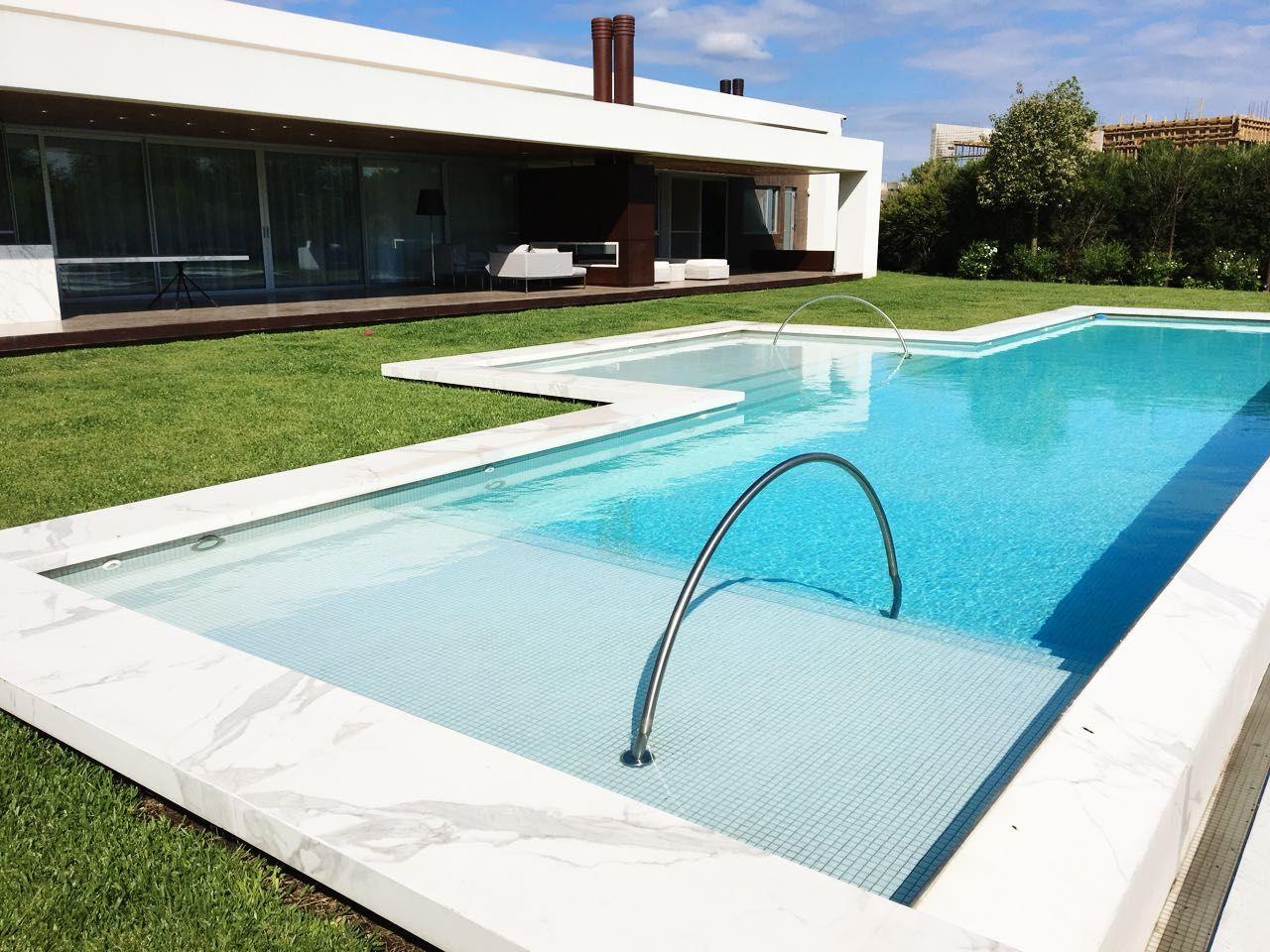 más de 25 ideas increíbles sobre luces de piscina en pinterest