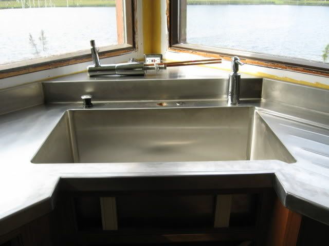 Best I Have Stainless Counters And Had Them Made With Runnels 400 x 300
