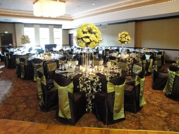 Green and black wedding decorations black white and apple green green and black wedding decorations black white and apple green wedding planning and decor junglespirit Choice Image