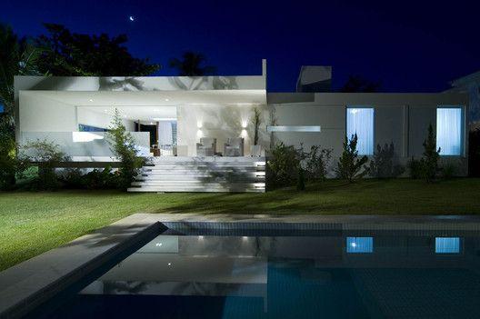 House Carqueija,© Tarso Figueira