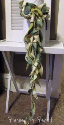 Planned In Pencil: WNWNW:No Sew Fleece {Jellyfish} Scarf