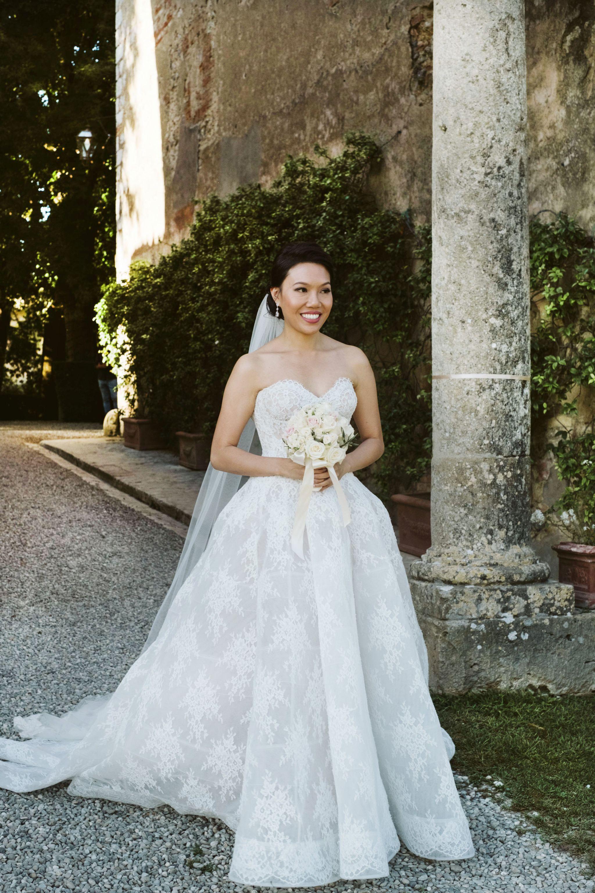 Monique Lhuillier Alexandra Wedding Dress Used Size 4 5 300