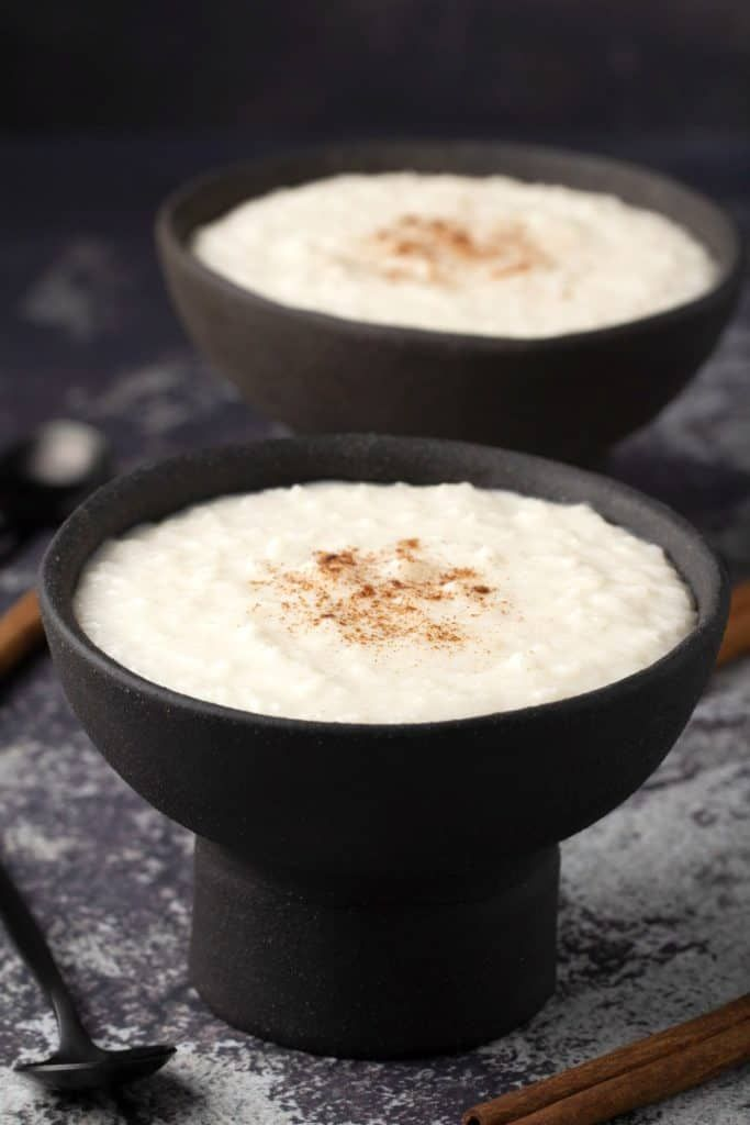 Creamy vegan rice pudding that tastes like a delicious custard! Divine served with a sprinkle of cinnamon either hot or cold. |