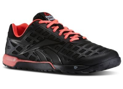 Reebok Crossfit Nano 3.0 size 8.5 - I typically wear size 8 but amazon  reviews recommend a half size larger. c92ca15e5d