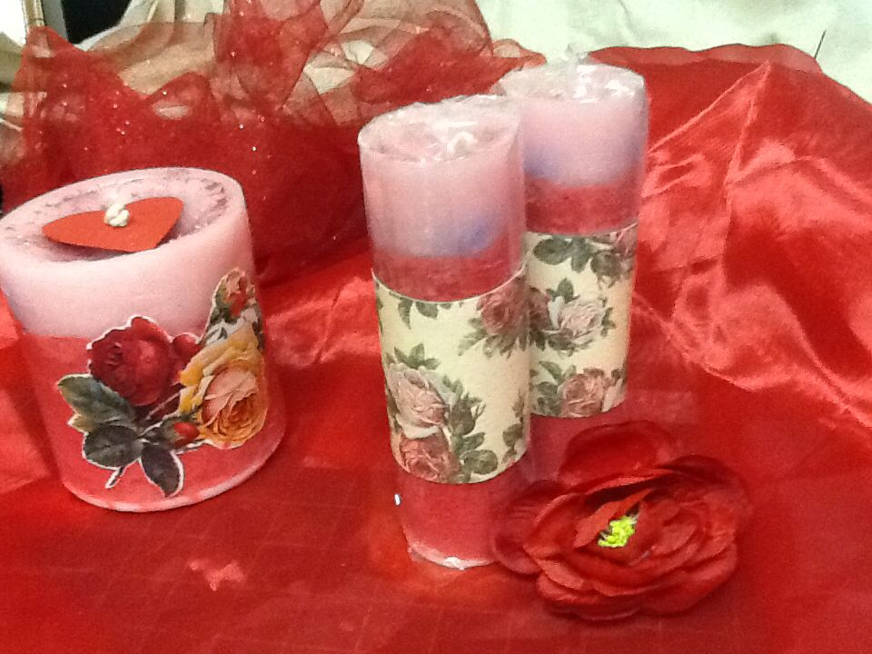 Handmade candles and organza flowers