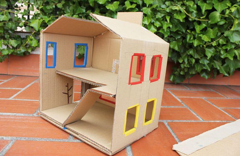 Mamà recicla: Una altra caseta per als ninos / Otra casita para muñecos / Outra casinha para bonecos