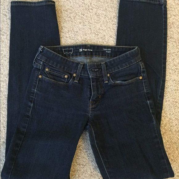 Levis straight leg jeans!!! SALE Excellent condition!!! Size 24. Straight leg. Very comfy Levi's Jeans Straight Leg