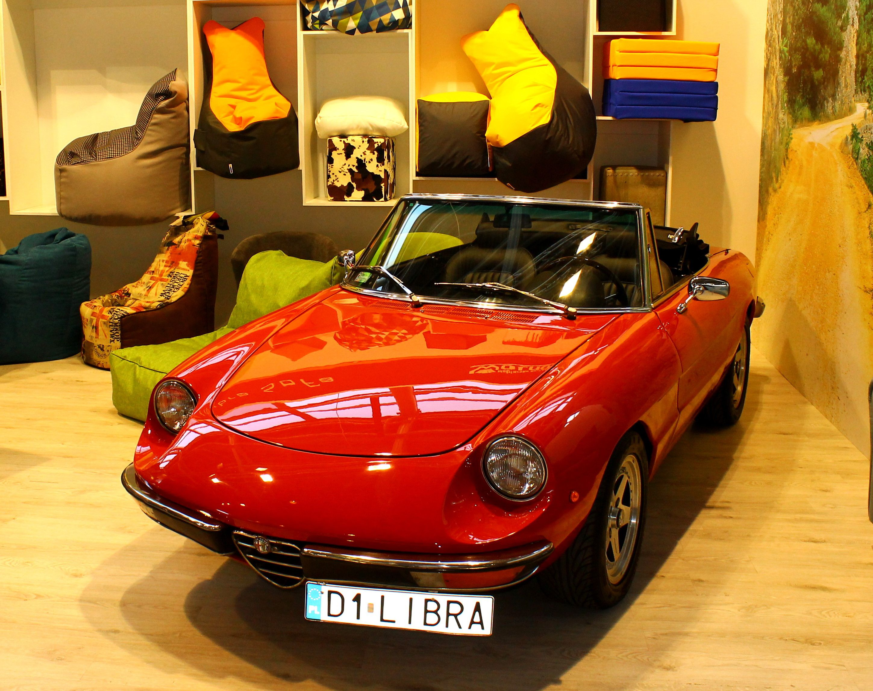 Libra Sofa Bean bags and alfa romeo spider 1976 Bagz