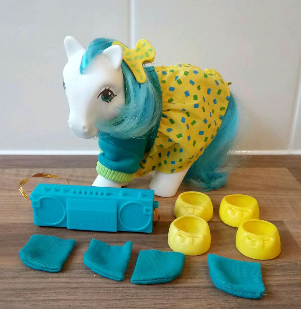 VINTAGE G1 MY LITTLE PONY MLP GET INTO THE GROOVE OUTFIT PONY WEAR