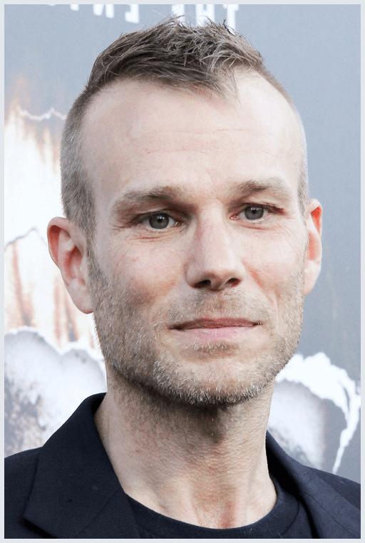 Frisuren Männer Bei Haarausfall | Hair ideas in 28 | Thin ...