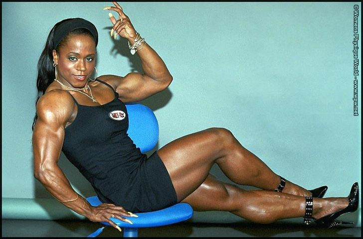 Ifbb Pro Female Bodybuilder Kim Harris Flexing A Bicep And -3508