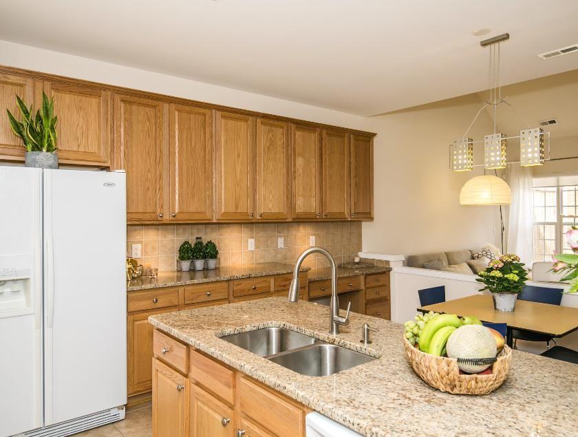 Raleigh Granite Countertops 2 Cary Granite Apex Granite Granite Countertops Countertops Kitchen Cabinets