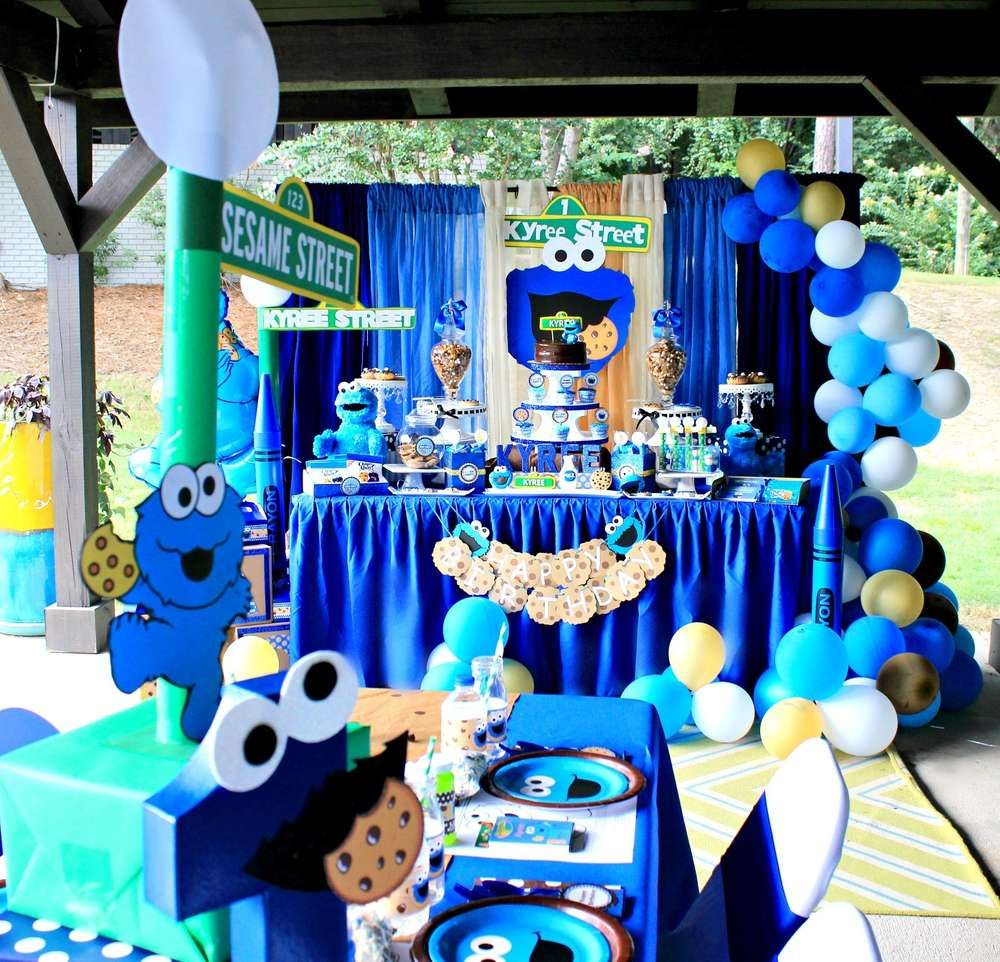 Cookie Monster Sesame Street Birthday Party Ideas Photo 28 Of 28 Cookie Monster Birthday Party Sesame Street Birthday Party Cookie Monster Party