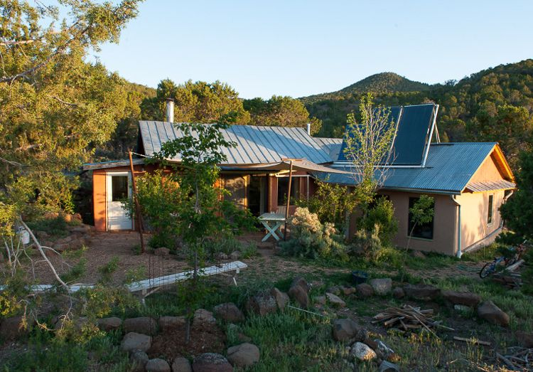 4_truth about off-grid homes | Outdoors | Off the grid, Off