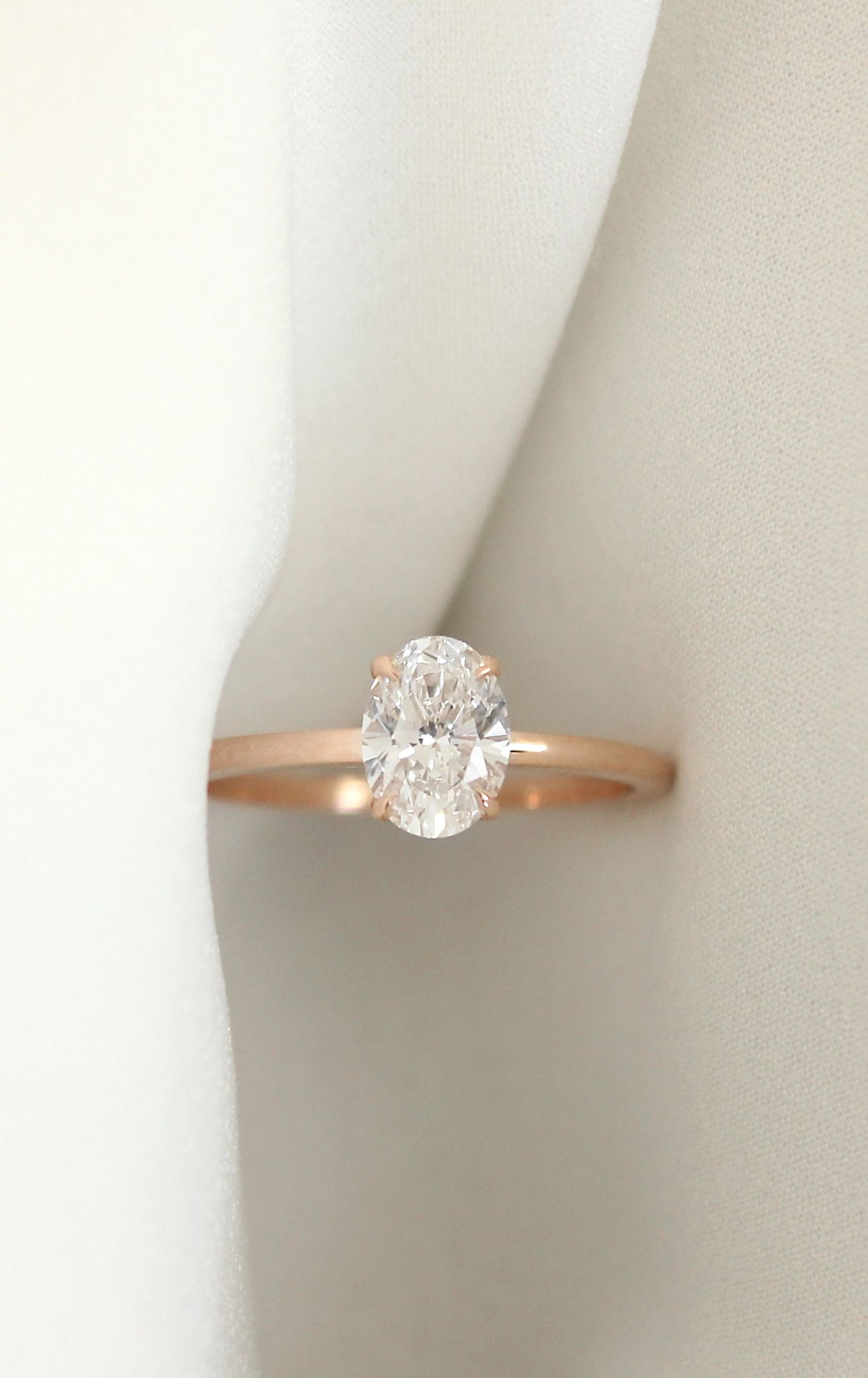 VOW 1ct Oval Rose Gold Engagement Ring Free home tryon modern