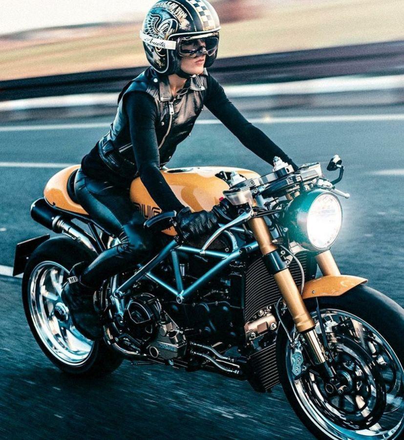 Cafe Racer Girl Biker Chick 104