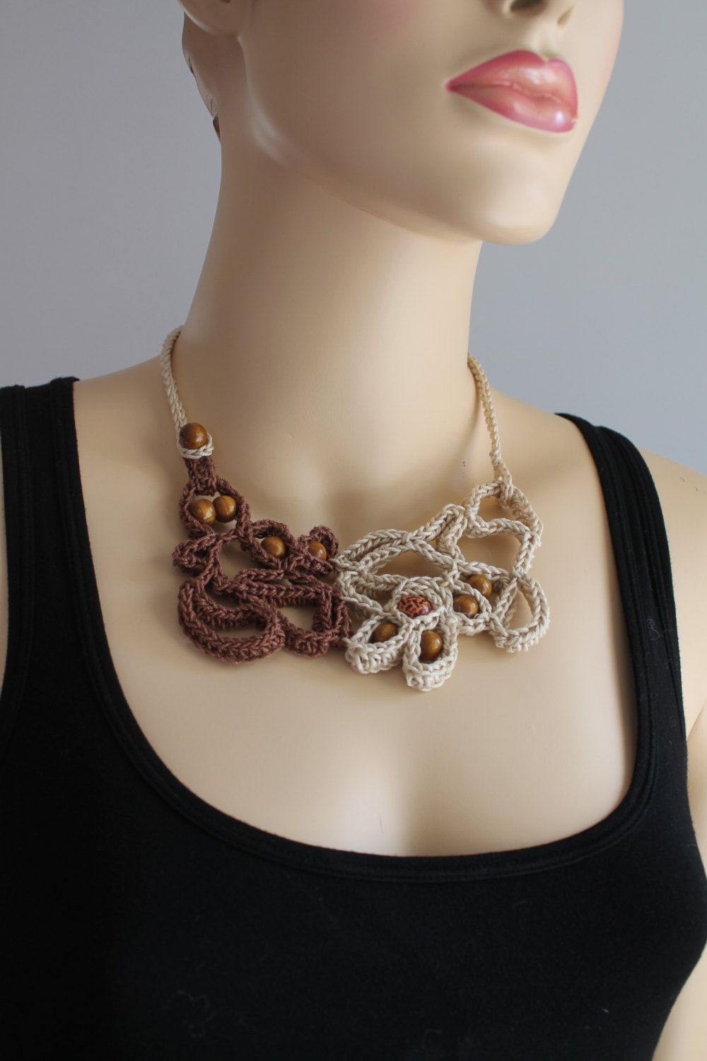 Off White Brown Freeform Crochet Necklace Via Etsy Haken