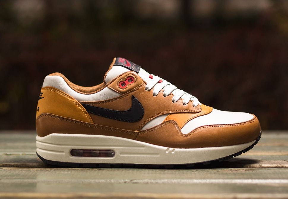 Nike Air Berwuda | shoes | Pinterest | Shoes sneakers, Fashion Accessories  and Footwear
