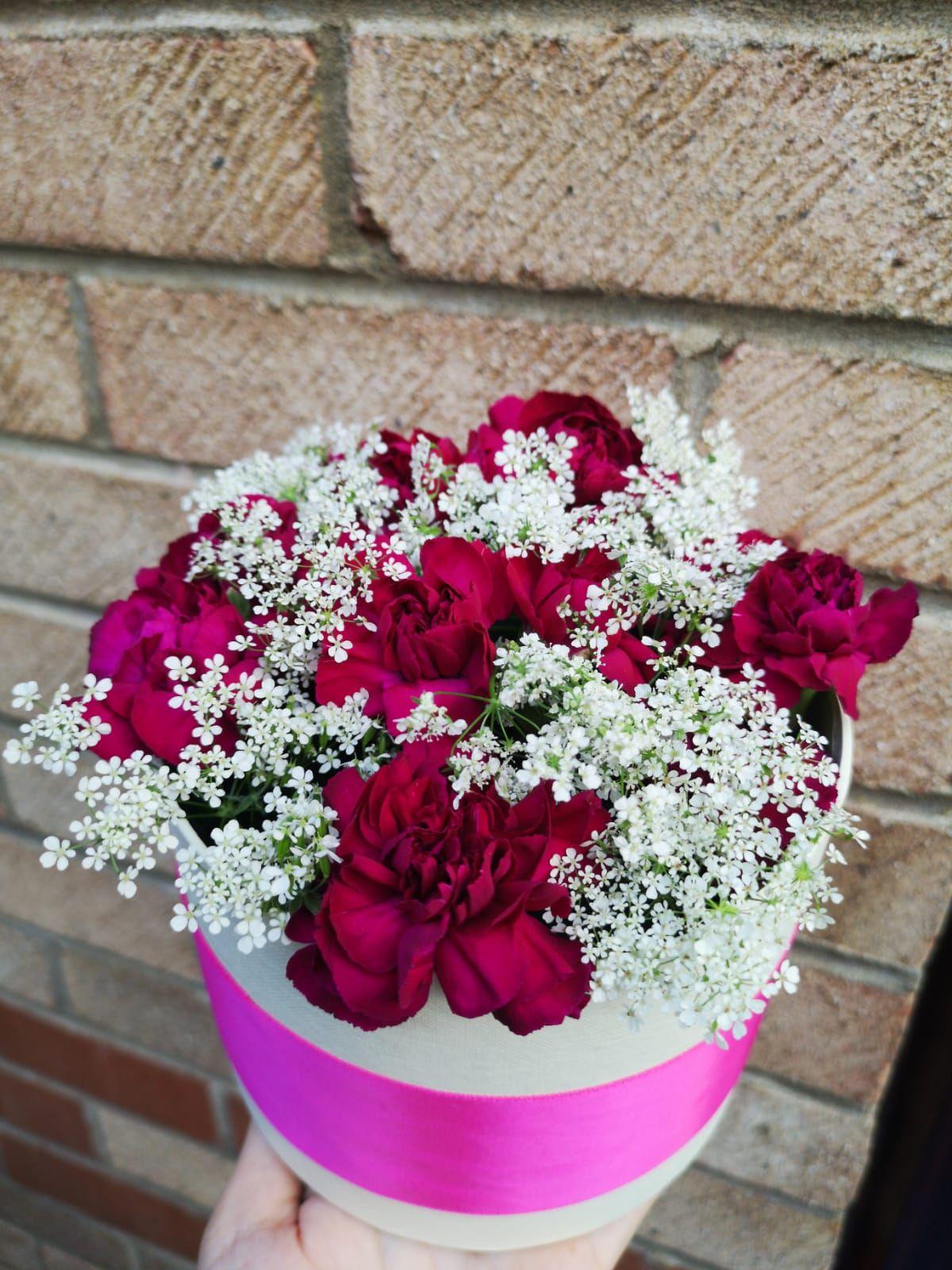 #flowerbox #purple #flowerlover #arrangement #carnations #gift #diy #diyproject #floral #design