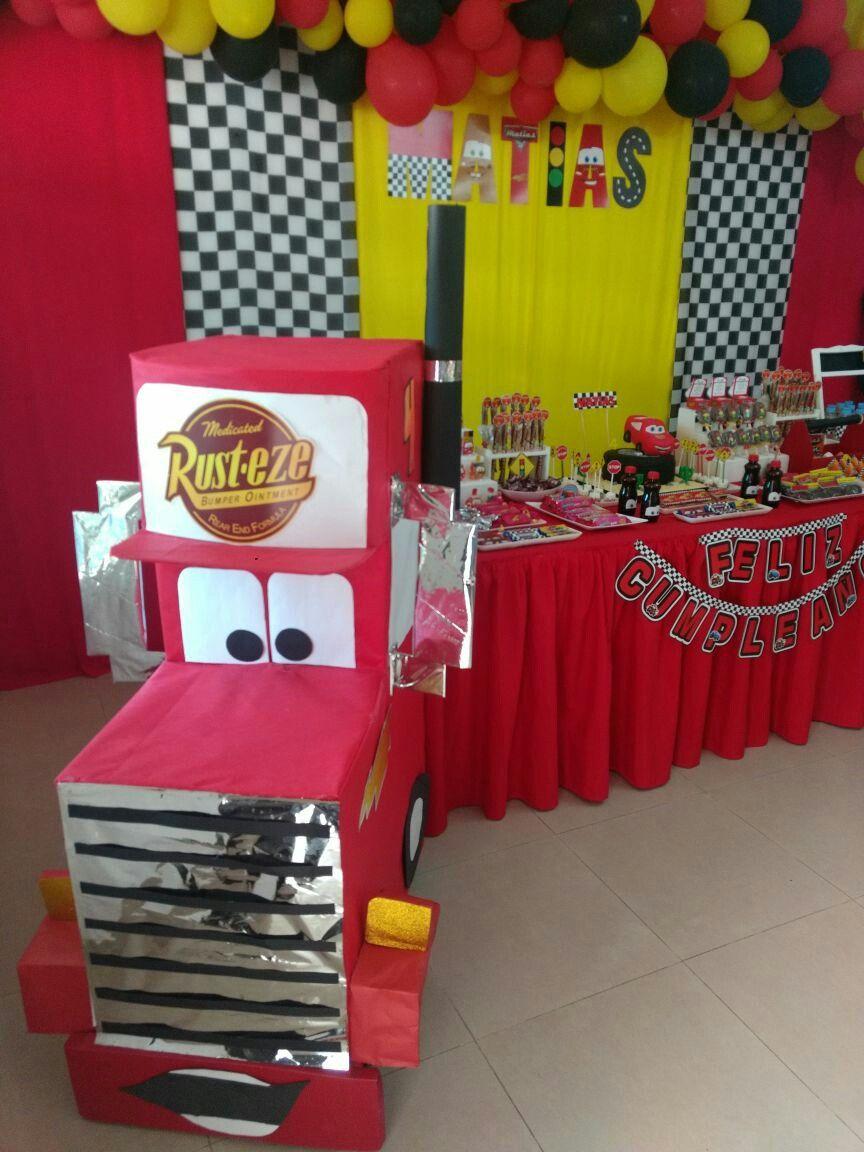 Decoraci n cars fiestas infantiles decoraci n fiestas for Manualidades decoracion infantil