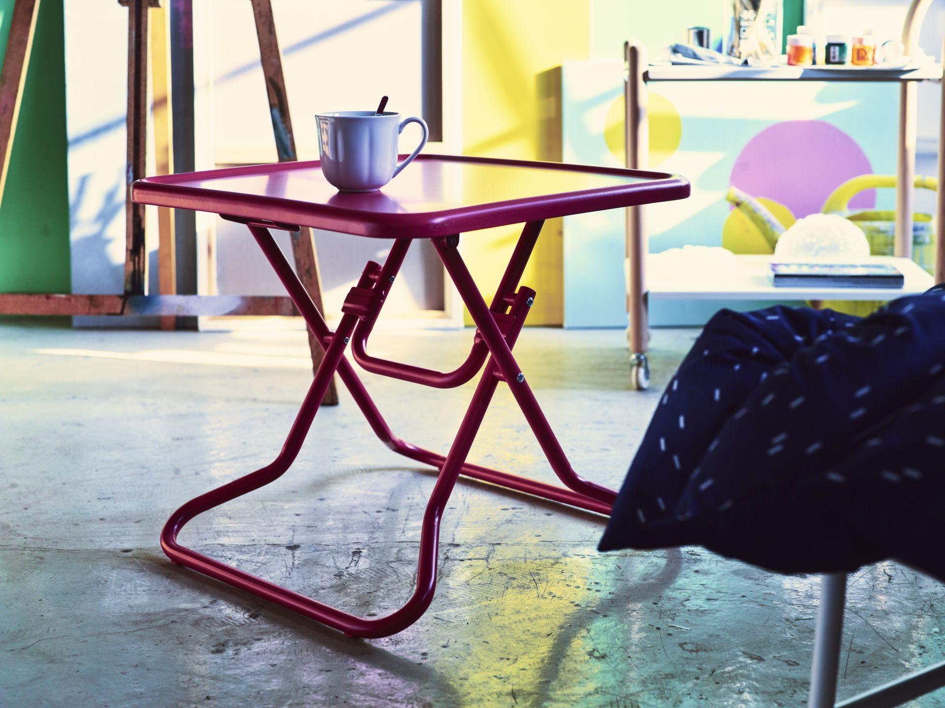Uma mesa de centro sempre pronta para um café inesperado... ou para o que quiserem.