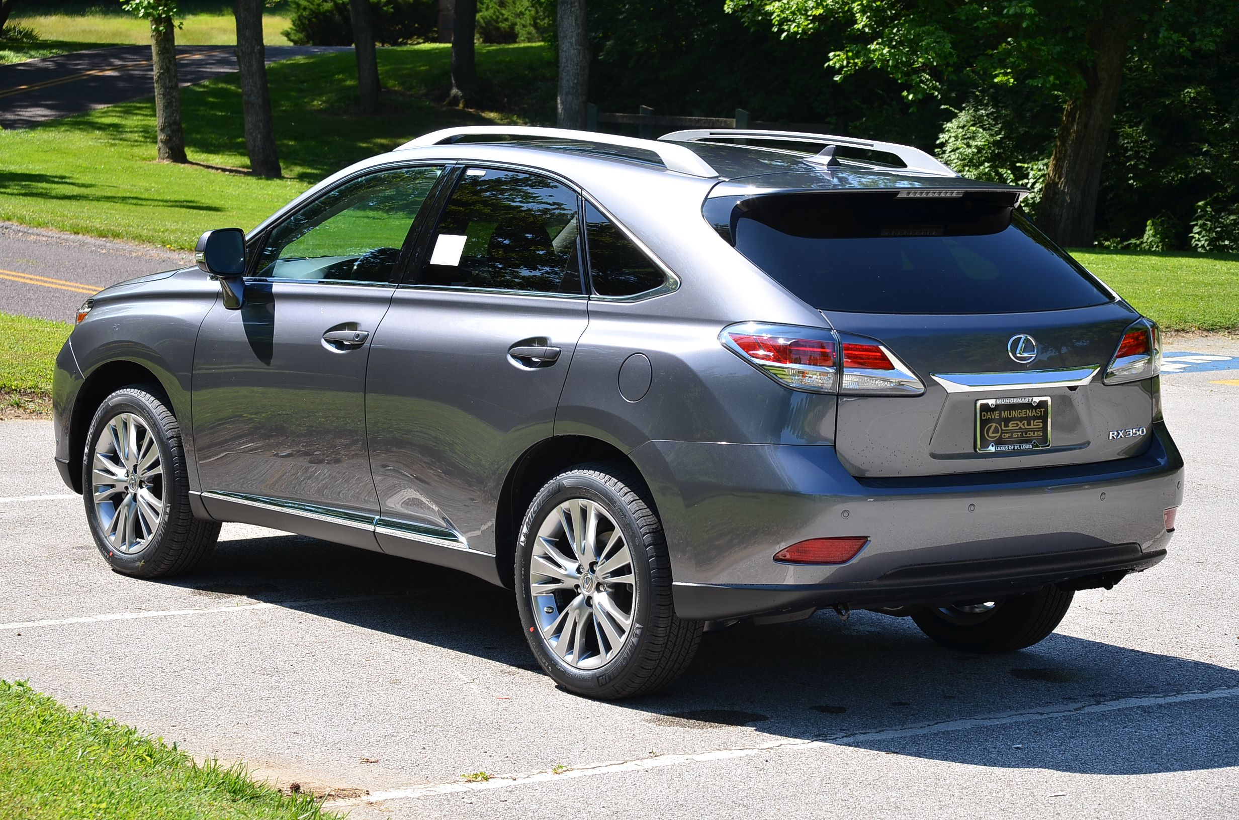 Download wallpapers Lexus RX 350, 2017, luxury SUV, silver