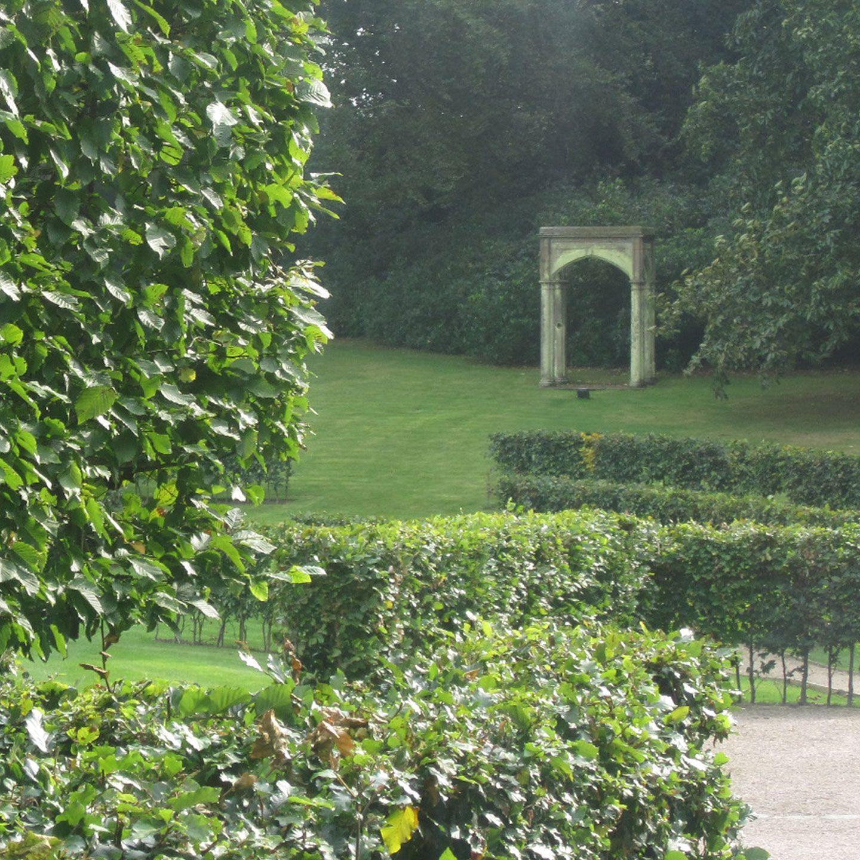 Garden Cheshire