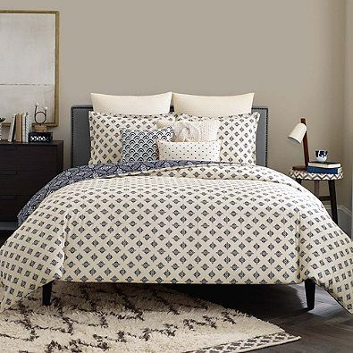 Bring An Eye Catching Look To Your Bedroom With The Ornate Real