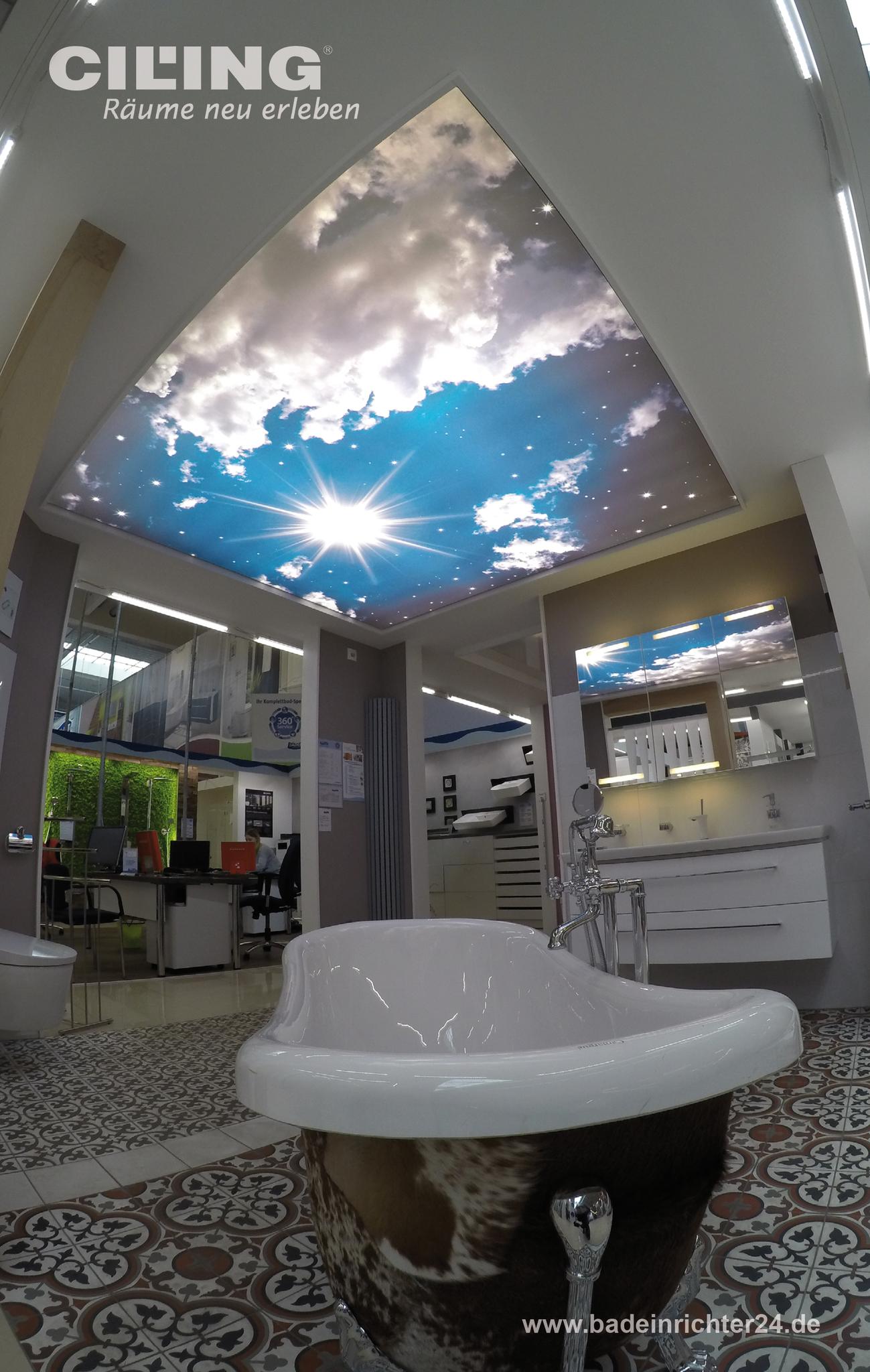 Traumhafter Wolkenhimmel Uber Der Badewanne Badezimmer Decken Badezimmer Innenausstattung Spanndecken