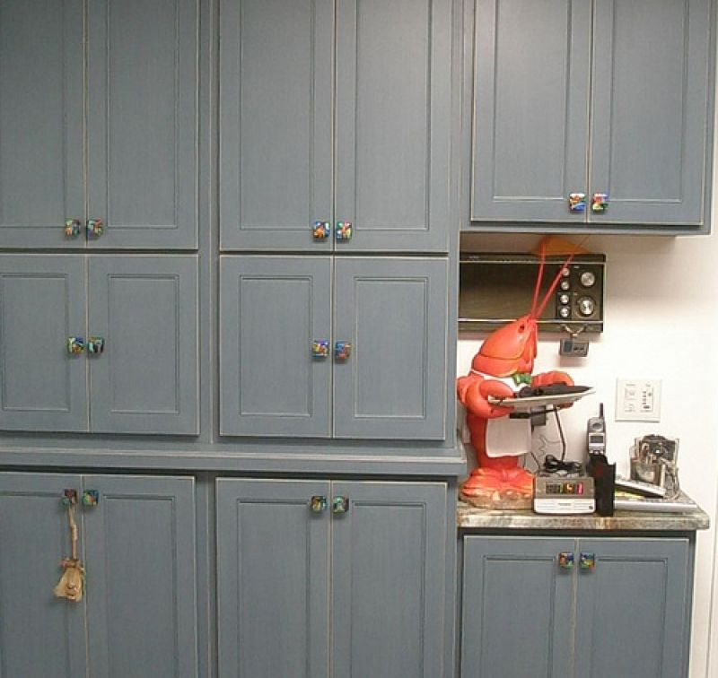 kitchen cabinet door knobs building islands and handles for white cabinets home