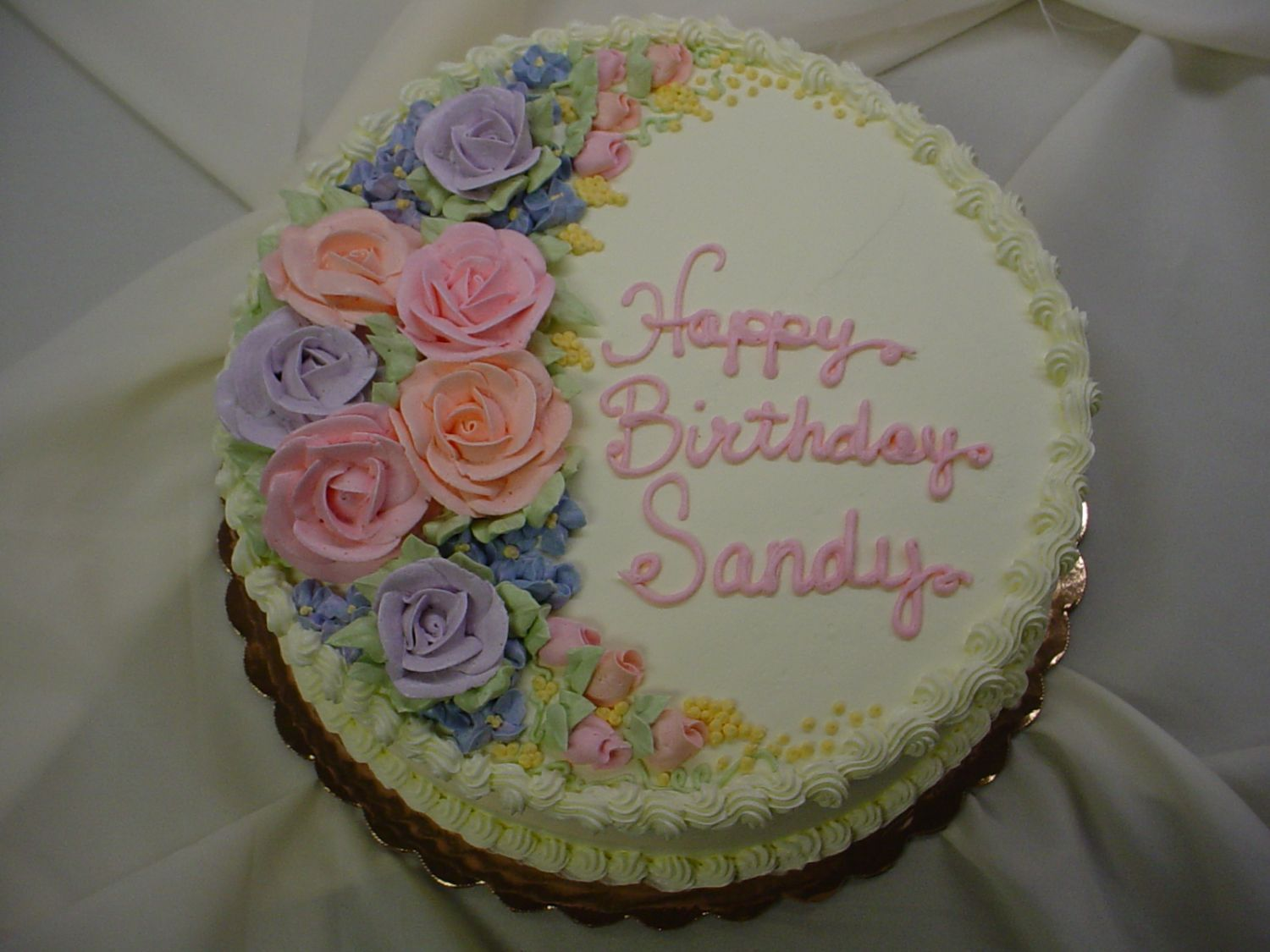 Birthday cake with buttercream filling