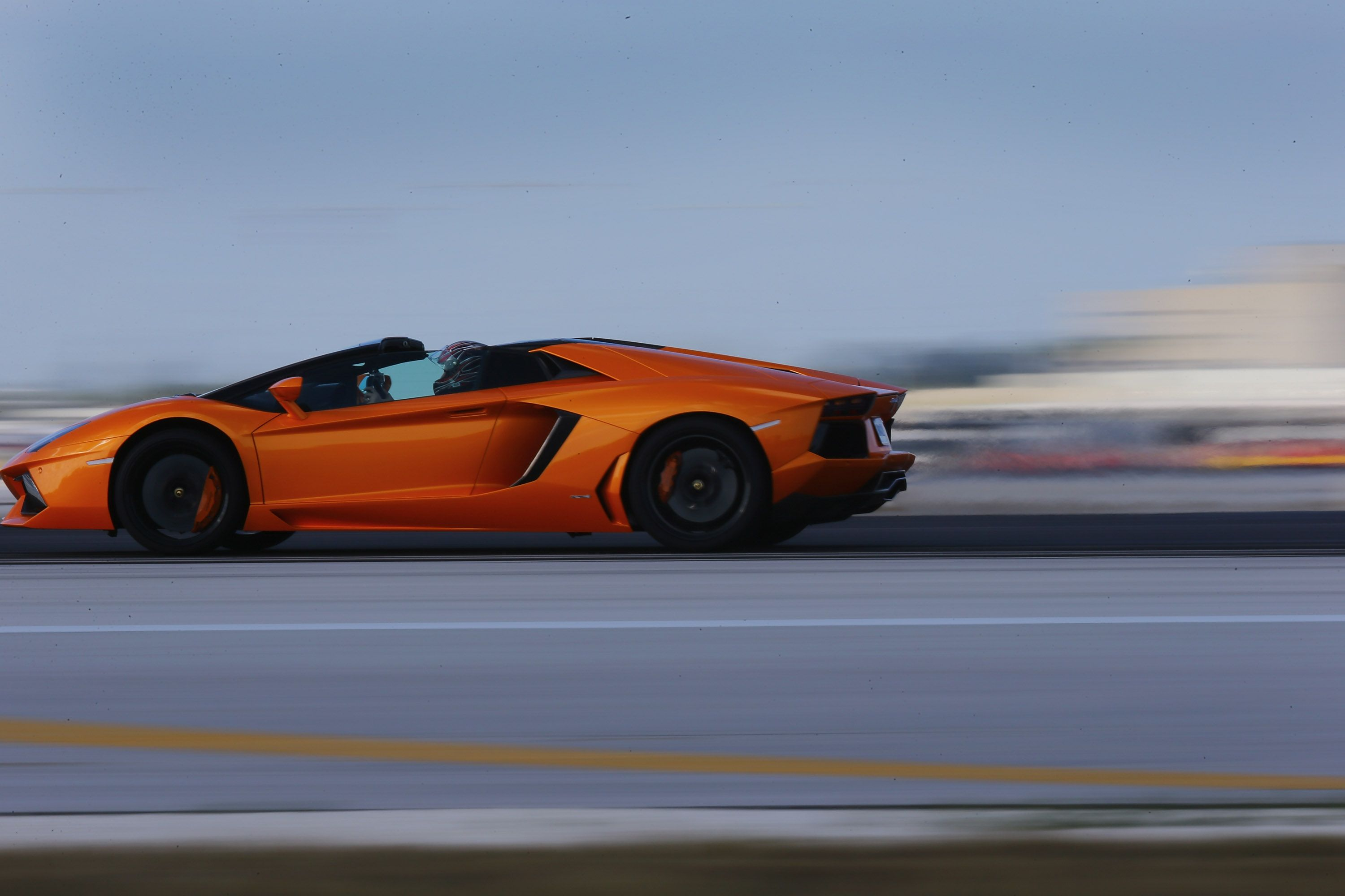 Quiz What Has More Horsepower Lamborghini Aventador Speed Boats Roadsters