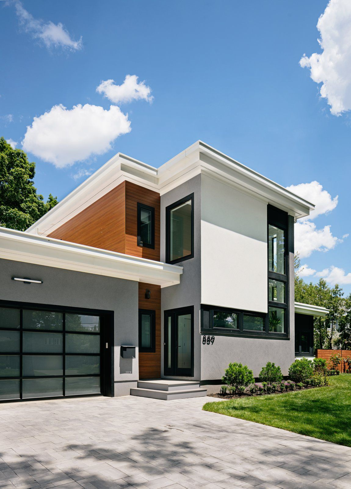 Modern House Exterior Materials: Modern Home With Exterior, House, Metal Siding Material