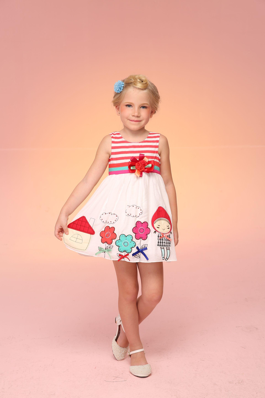 Vestido Para Niña Con Caperucita En Aplicaciones De Tela ...
