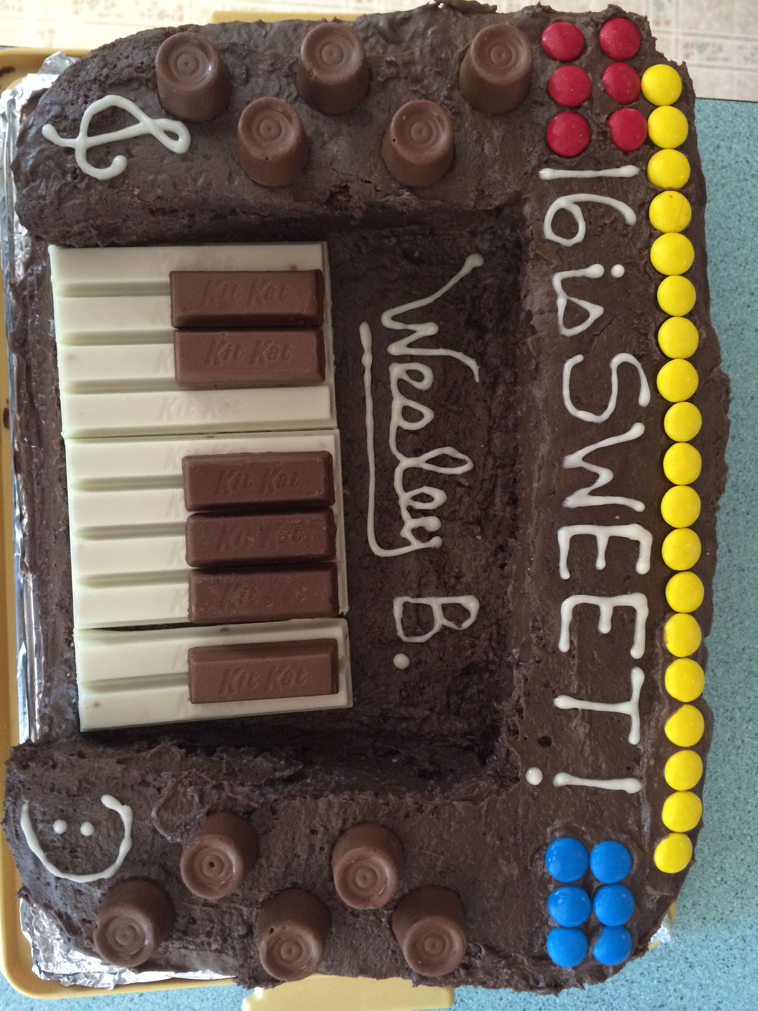 My cousin is a young organ playing musician. He turned 16 and we made his birthday the sweetest 16 possible!