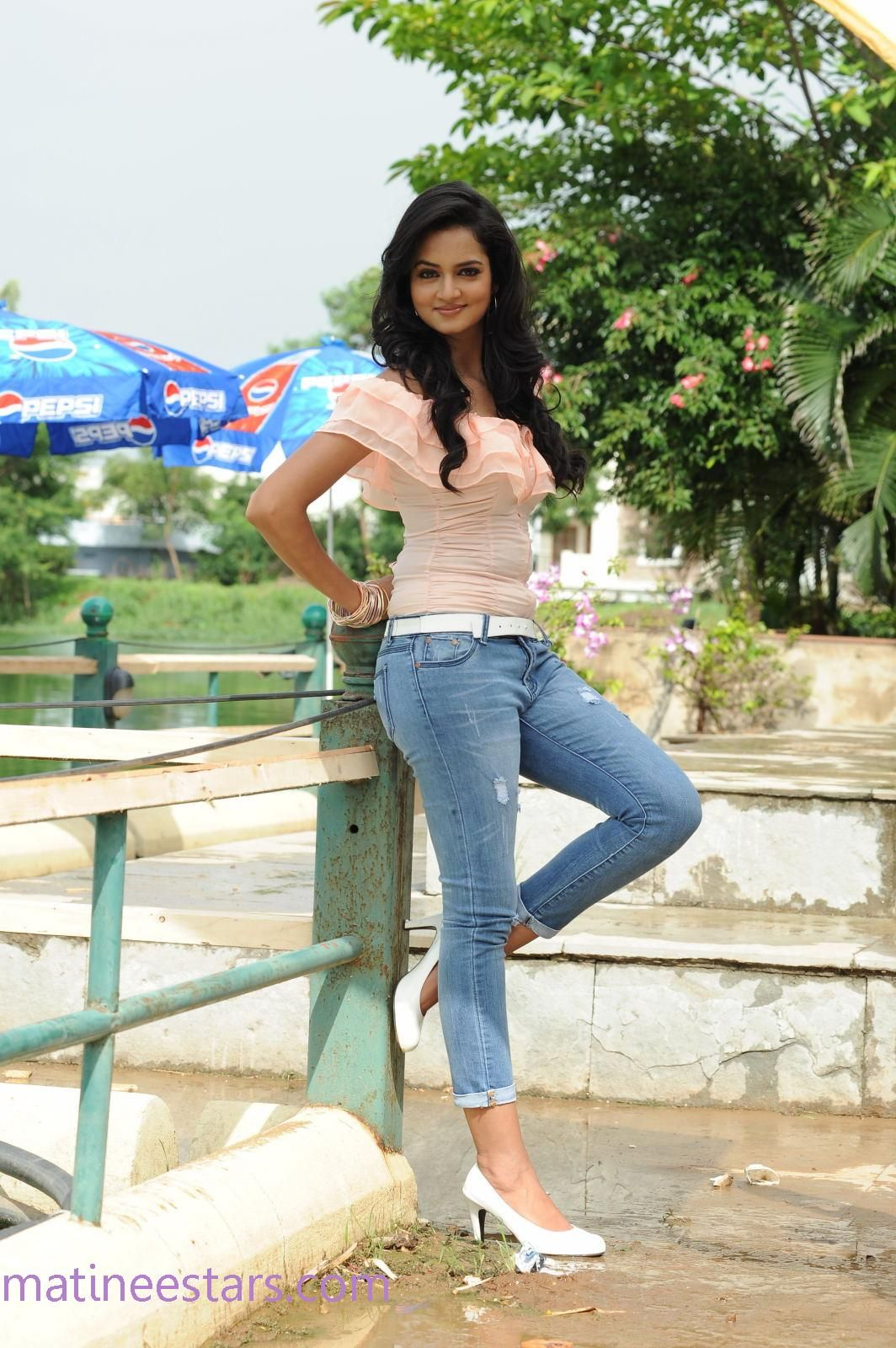 Shanvi Stills In Light Blue Jeans And Light Pink Top - Actress Gallery - High Resolution Pictures 17