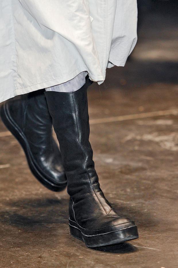 3e711c95093 Julius Cow Skin Leather Back Zip Boots 2 42 Julius 7 Rick Ann