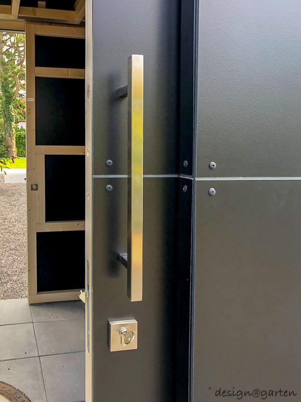 Photo of black box in München   design@garten