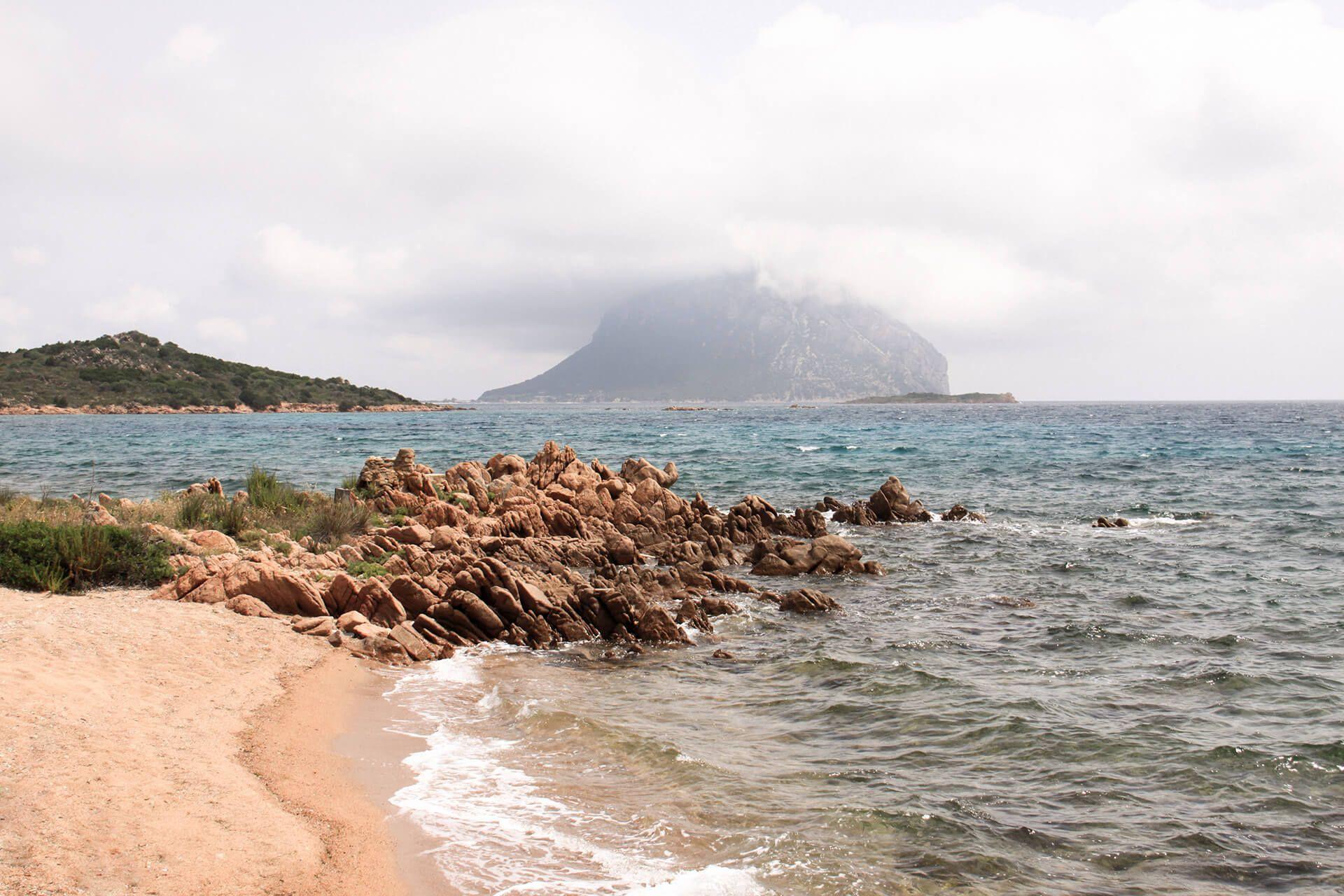 Meine Sardinien Reisetipps und die schönsten Strände der Insel habe ich in meinem Blog für euch zusammengestellt.