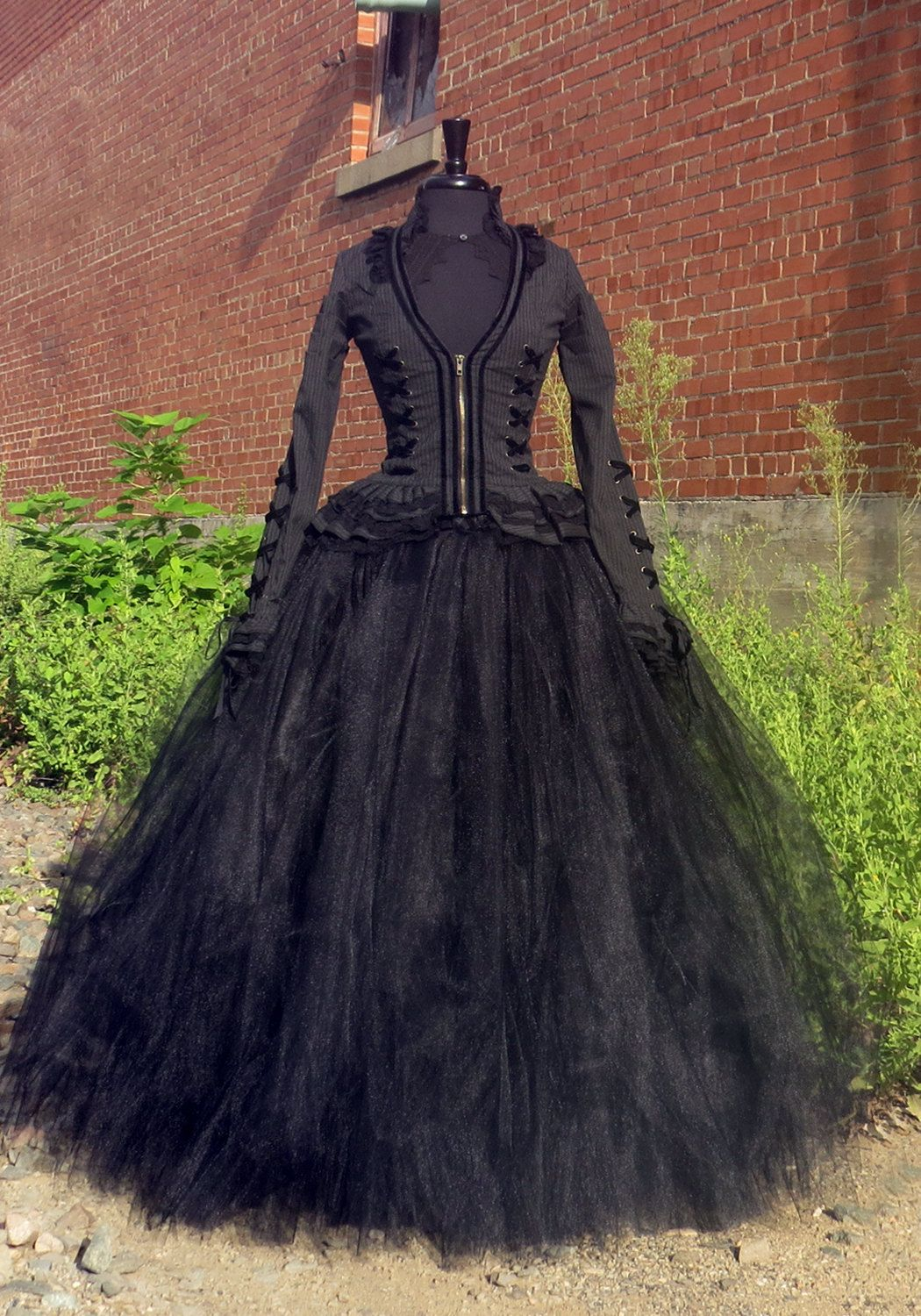 289d9cc988 Bellatrix Lestrange Costume Skirt Full length black tulle skirt for Harry  Potter Witch Halloween Costume, Cosplay. Wicked witch, Hogwarts. by…