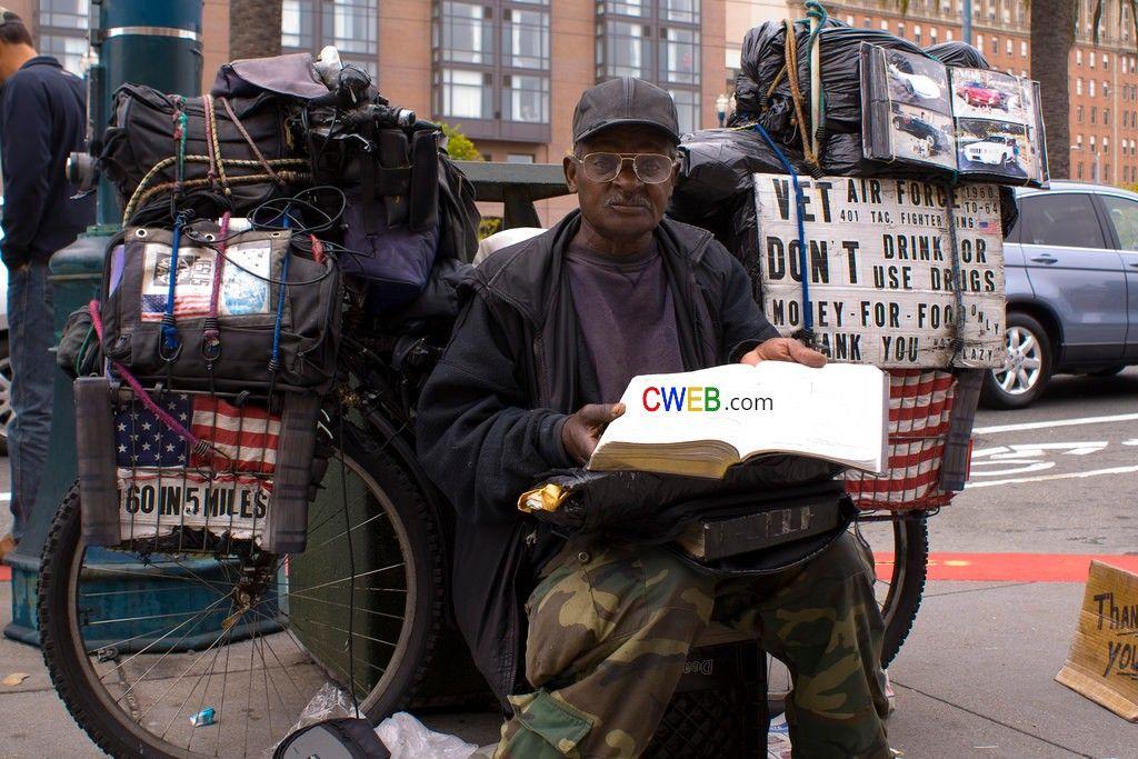 Homeless Vets With Families An Untold Part Of Veterans Struggles Cweb Com Trending News Business News Shopping Deals Videos Homeless Veterans Vets Homeless