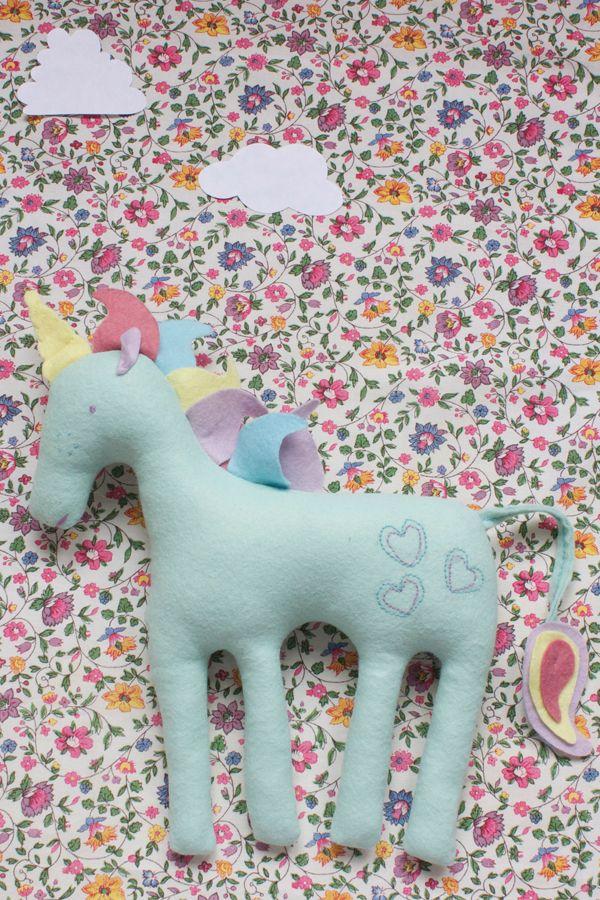 Felt unicorn toy plushie | final 4 | Mollie Makes