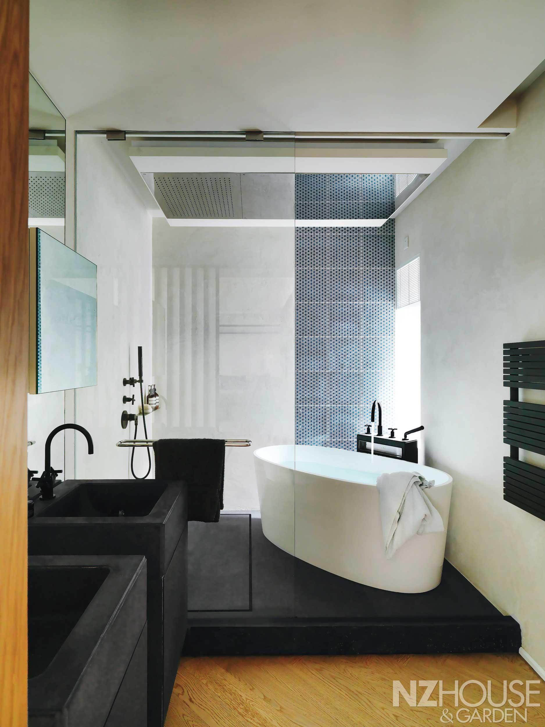A glamorous bathroom in Hong Kong A